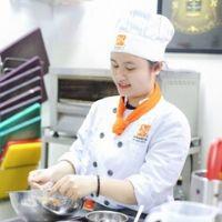 Chị Ngọc Hân, đầu bếp