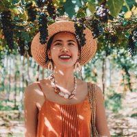 Chị Hồng Nhung, travel blogger