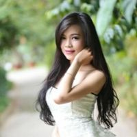 Chị Lê Oanh, giáo viên